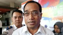 Pakai Kemeja Kotak-kotak, Menhub Temui Duta LRT Palembang