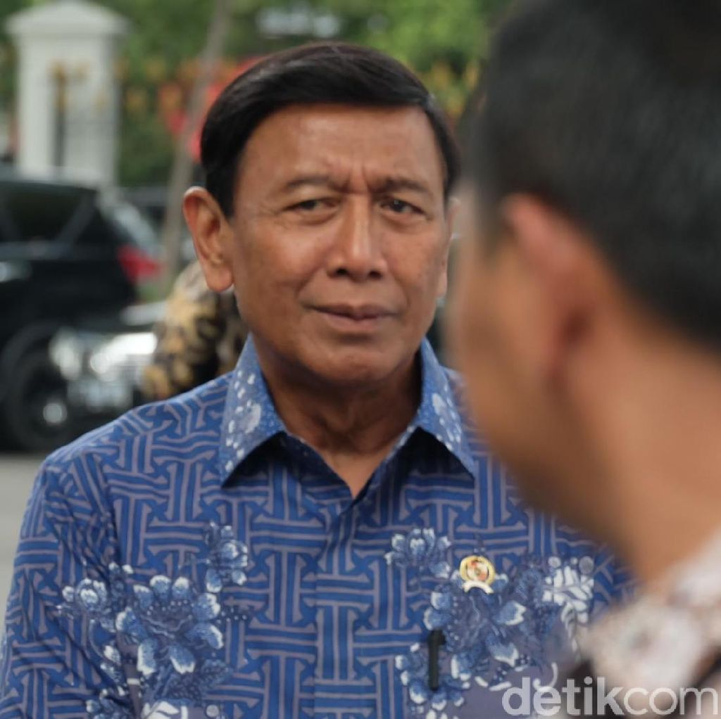 Wiranto Rapat dengan Panglima dan Wakapolri, Bahas Apa?