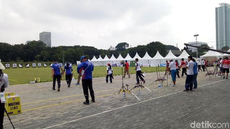 Drainase, Atap Lorong, dan Toilet Stadion Panahan di GBK Belum Sip