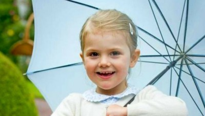 Foto: Cantiknya Estelle, Putri Cilik dari Kerajaan Swedia