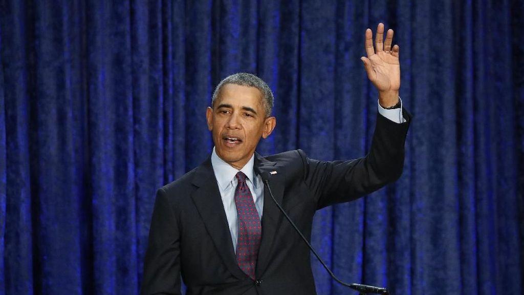 Obama Pernah Dilarang Secret Service Saat Mau Motoran Sendiri