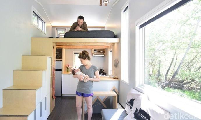 Suami-Istri Satu Anak Tinggal di Rumah 19 Meter Persegi, Why Not?