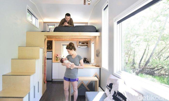 Pasangan muda asal Washington yaitu Samantha and Robert Garlow awalnya menempati rumah sederhana berukuran 19 meter persegi. Istimewa/Inhabitat