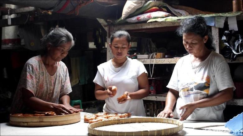 Harga Ketan Mahal, Produksi Kue Keranjang di Solo Tak Maksimal