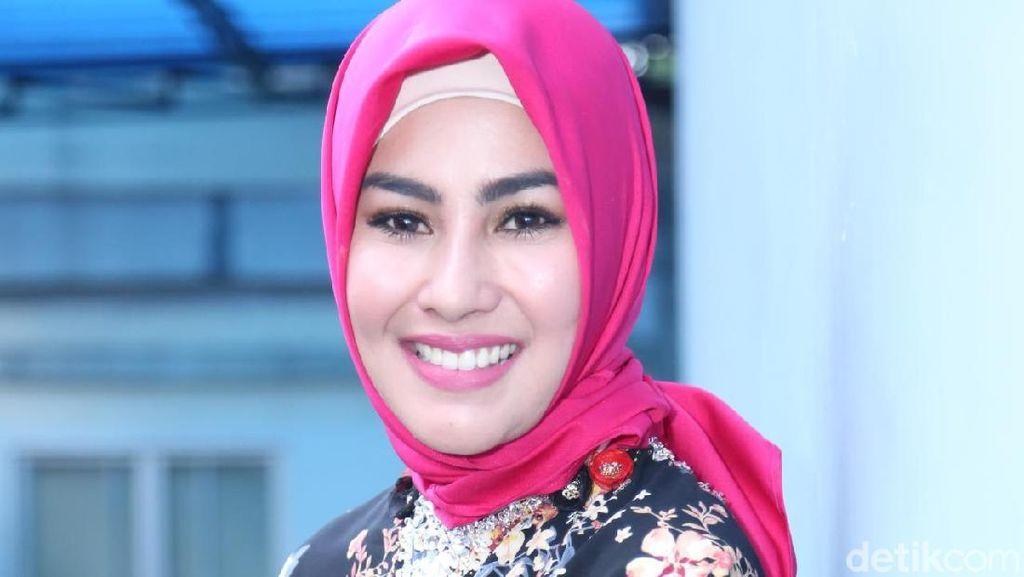 Puisi Sukmawati Diduga Lecehkan Agama, Kartika Putri Bagi Ilmu tentang Islam