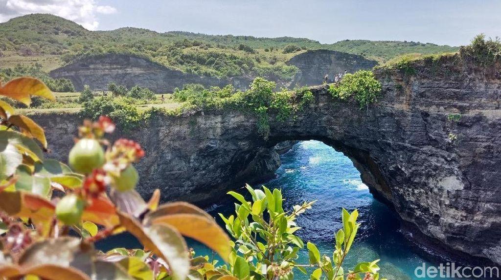 Meski Bernama Broken, Pantai di Bali Ini Tak Bikin Sakit Hati