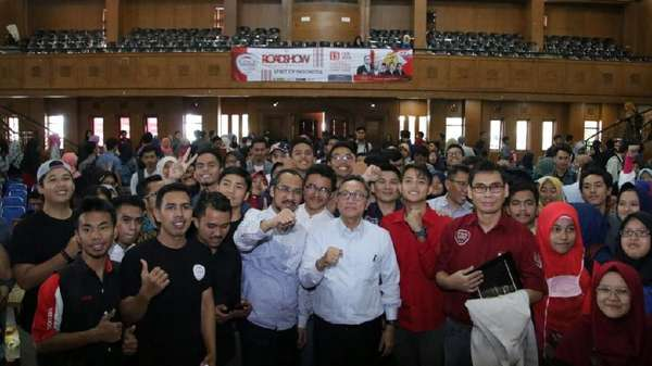 Ada Pasal Antikritik, Ketua MPR: Rakyat Berhak Kritik Parlemen