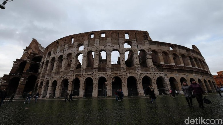 Colloseum Roma di Italia (Ardhi Suryadhi/detikTravel)