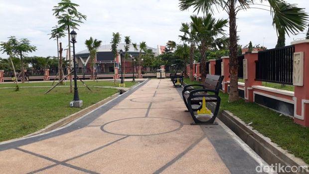 Taman Jam Agung di Pasuruan/