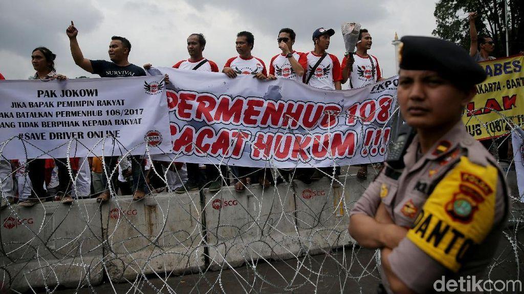 Aliando Demo Tolak Aturan Taksi Online, Luhut: Saya Heran