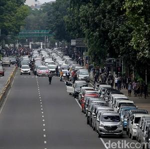 Besok Ada Pembuatan SIM Umum Murah untuk Taksi Online