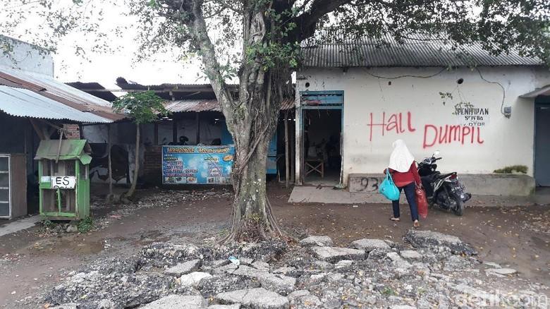 Foto: Ruko yang Hambat Proyek Akses Gerbang Tol Madiun