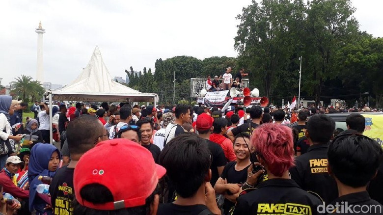 Aliando dan Polisi Terlibat Aksi Saling Dorong