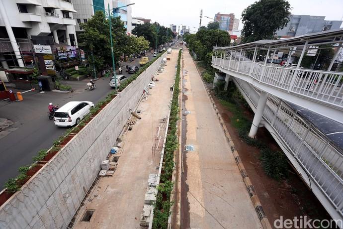 Pembangunan Underpass Matraman Tak Kunjung Rampung