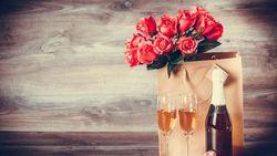 Romantis! Nikmati Duck Bread Salad Bareng Kekasih di DeLangit