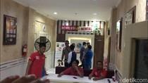 Bertopi, Ini Penampakan Fachri Albar di Polres Jakarta Selatan
