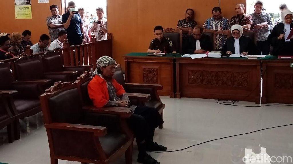 Aman Abdurrahaman Didakwa Pengaruhi Orang untuk Aksi Bom Thamrin