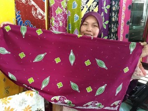 Kisah Ibu-ibu di Riau Bisnis Batik Beromzet Rp 30 Juta/Bulan