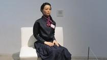Gadis Cantik di Tokyo Ini Ternyata Robot