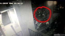 Pencurian Motor Anak Band di Sukabumi Terekam CCTV