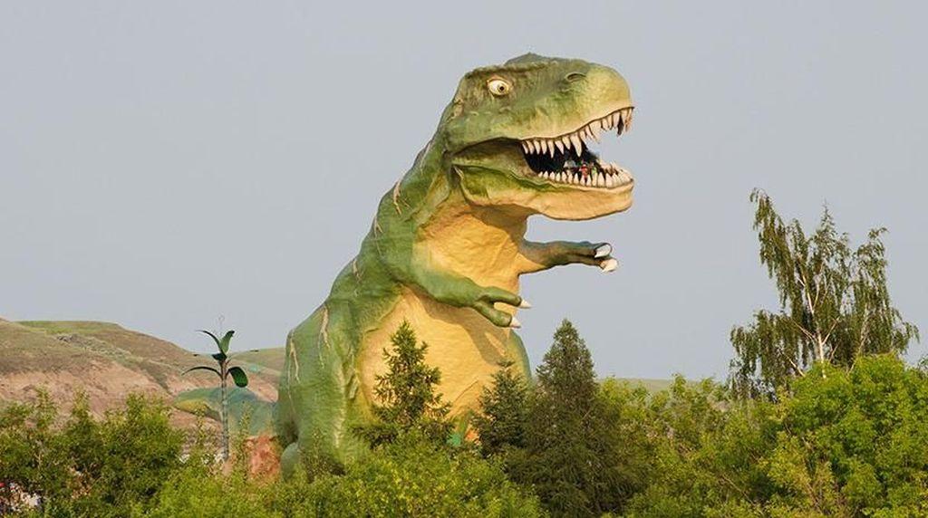 Foto: Beginilah Patung Dinosaurus yang Seperti Aslinya