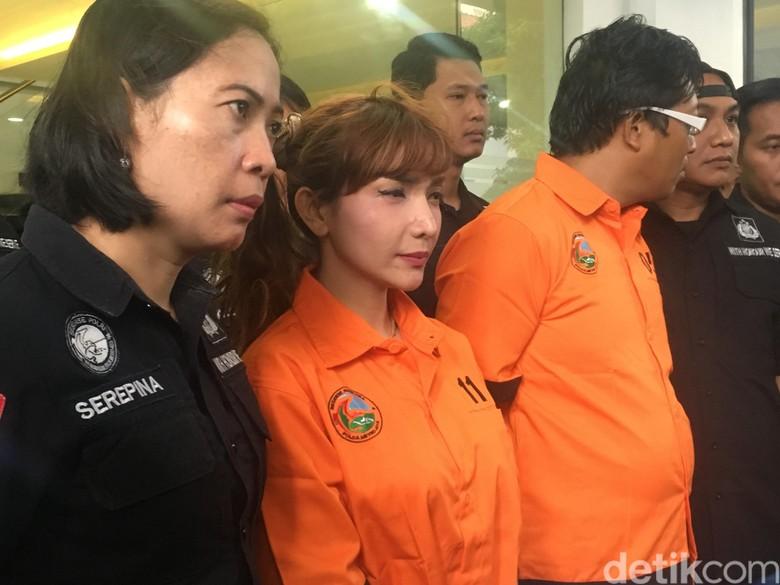 Polisi Periksa Rambut Roro Fitria untuk Ungkap Konsumsi Narkoba