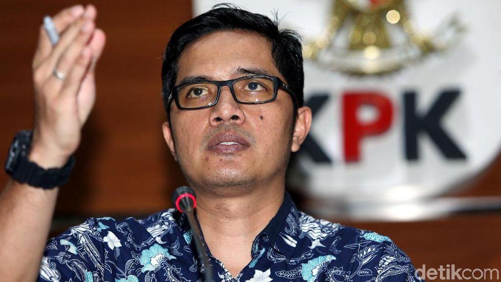 KPK Geledah DPRD Bengkalis Terkait Kasus Proyek Jalan