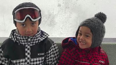 Gantengnya Kana dan Magali, Anak Marcella Zalianty dan Ananda Mikola