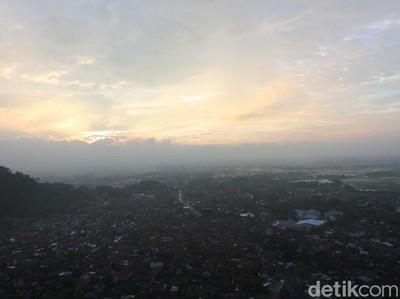 Senja di Bandung Ini Bikin Rindu Berat, Kamu Nggak Akan Kuat!