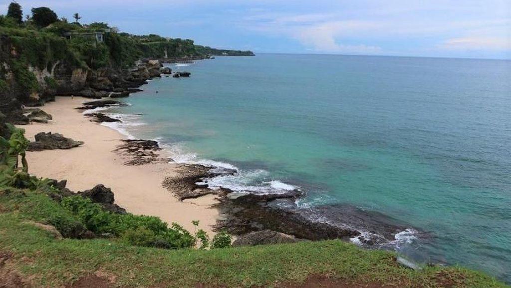 Ssst! Ini Pantai Paling Rahasia di Bali