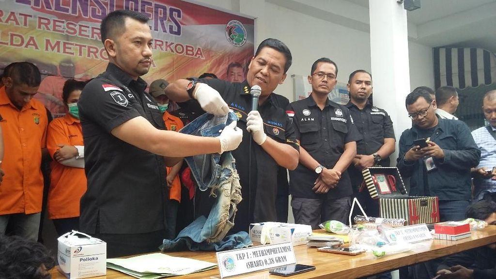 Putri Elvy Sukaesih Jadi Tersangka, Polisi Masih Telusuri Penjual Sabu