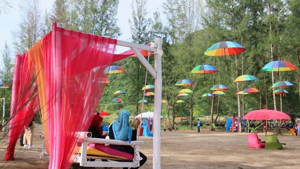 Aceh Juga Punya Pantai nan Kekinian
