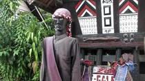 Yuk, ke Desa Tomok di Pulau Samosir