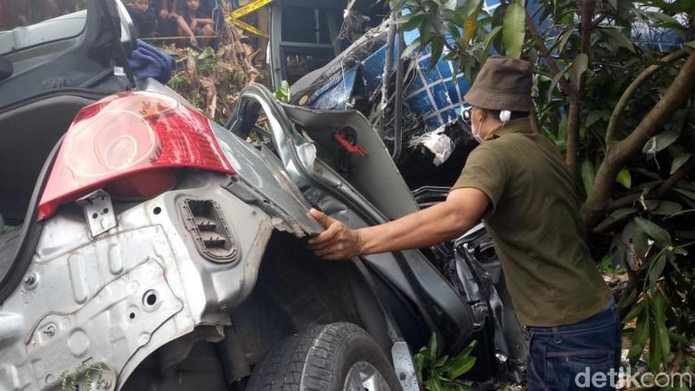 Tabrakan Bus di Rajamandala Bandung, Satu Orang Meninggal