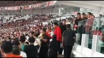 Viral Anies Tak Diajak ke Podium Piala Presiden, Ini Penjelasan SC