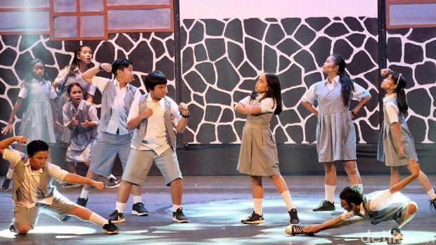 Bernostalgia Bareng Pentas Musikal 'Petualangan Sherina'