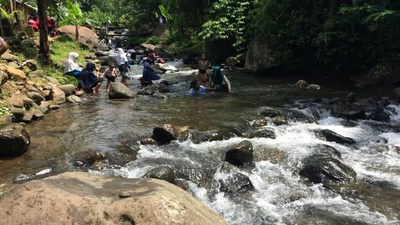 Foto: Wisata Sungai Cireong di Ciamis (Dadang Hermansyah/detikTravel)