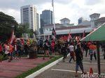 Konvoi Jakmania Tiba di Balai Kota, Jl Medan Merdeka Selatan Ditutup