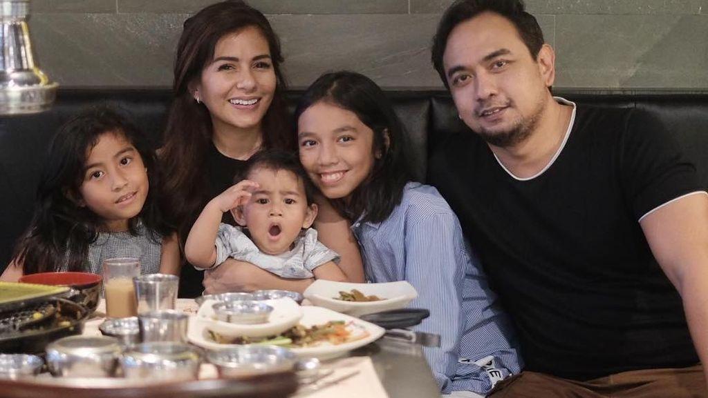Intip Yuk, Keseruan Makan Bersama Keluarga Meisya Siregar