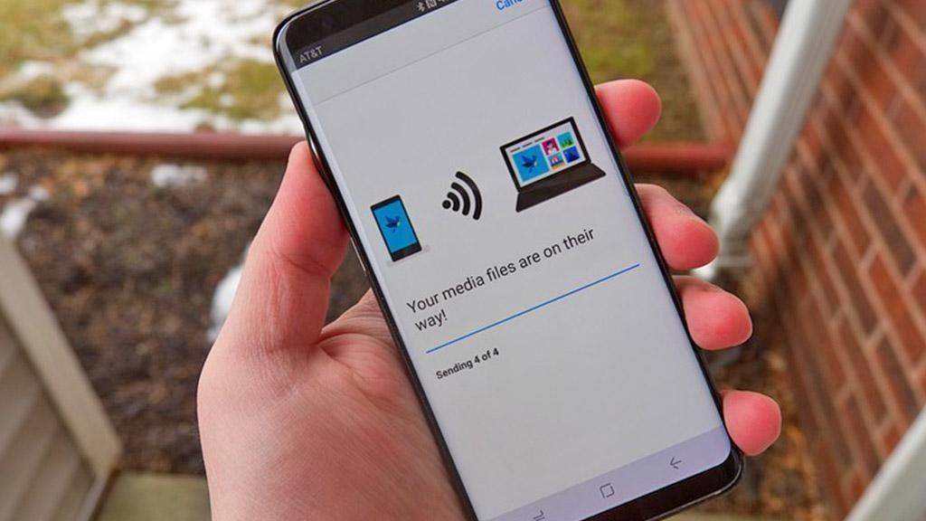 Aplikasi Ini Bikin Transfer Foto dari Ponsel ke PC Cepat