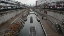 Cantiknya Sungai Cheonggyecheon yang Ingin Ditiru di Kali Besar