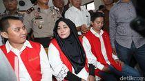 Agen dan Bos First Travel Anniesa Sahut-sahutan, Hakim: Cukup, Cukup!