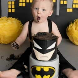 Begini Serunya Saat Balita Bernama Batman Rayakan Ulang Tahun