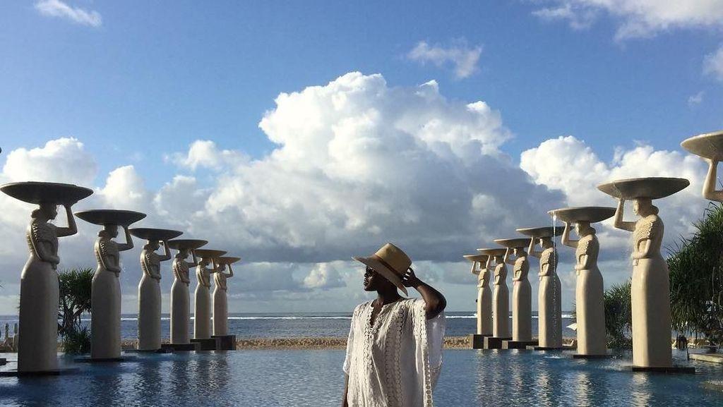 Nakia, Kekasih Black Panther yang Suka ke Pantai