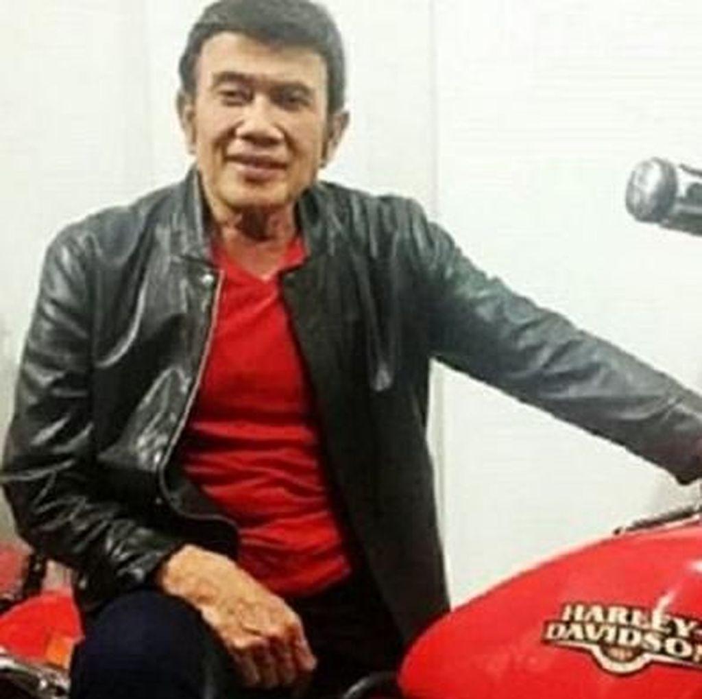 Wow! Rhoma Irama Disawer Harley Davidson