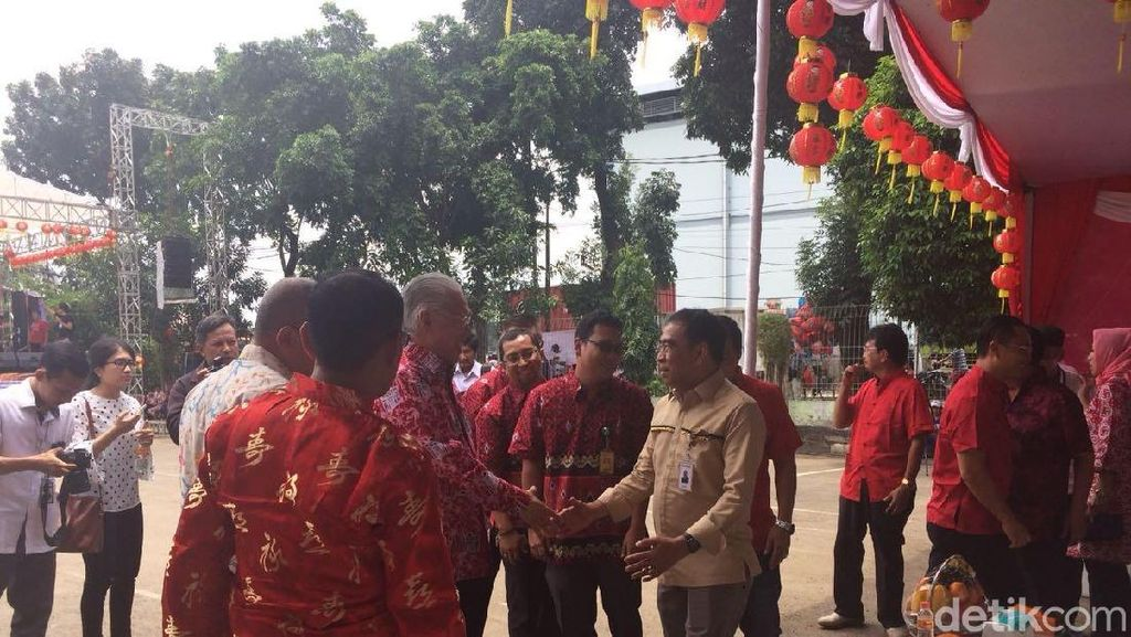 Tiba di Pasar Induk Cipinang, Mendag Disambut Musik Dangdut