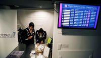 Jasa ini disediakan oleh maskapai virtual First Airlines (Toru Hanai/Reuters)
