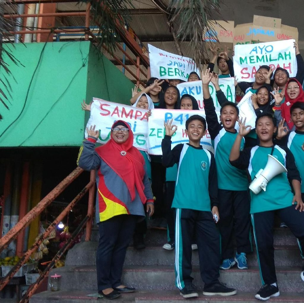 Ini Cara Pelajar di Surabaya Mengkampayekan Jaga Lingkungan