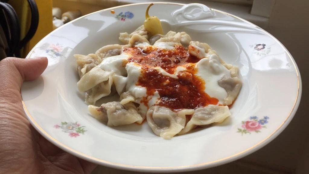 Mencicipi Dumplingnya Turki
