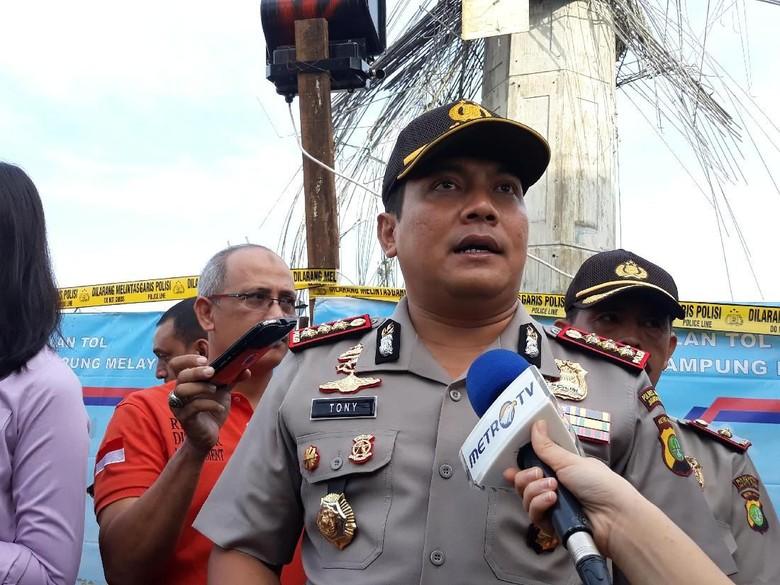 Kepala Tiang Becakayu Ambruk, Polisi: 2 Orang Potensi Jadi Tersangka